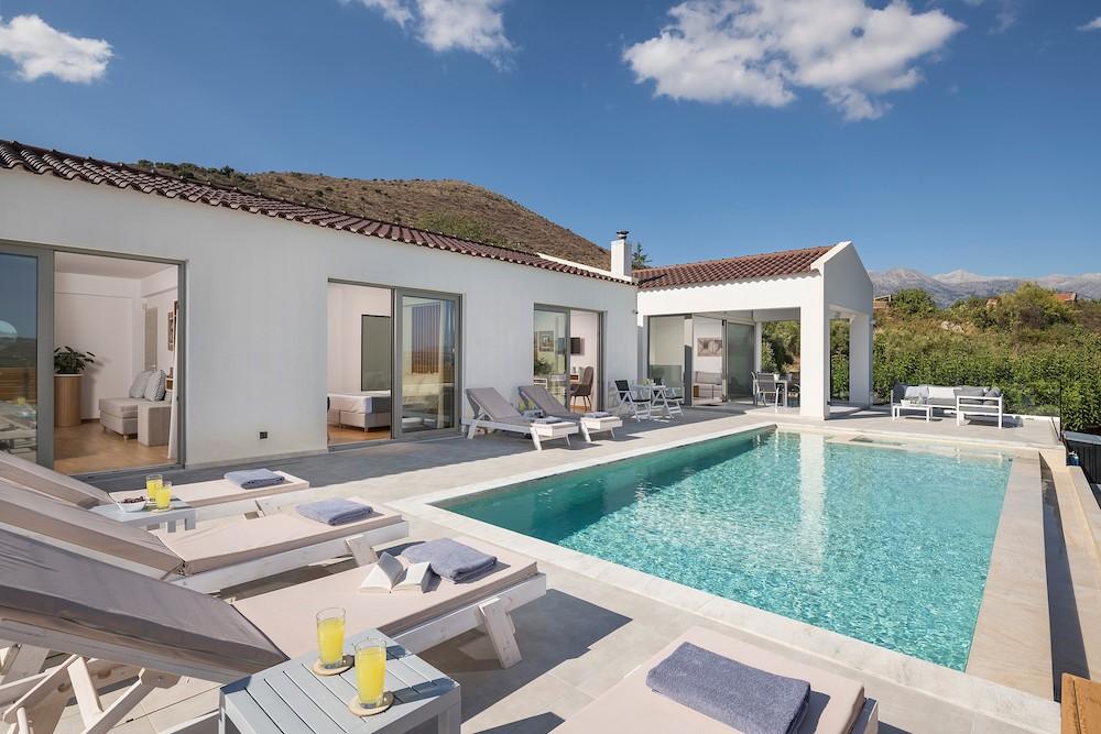 Villa White Harmony