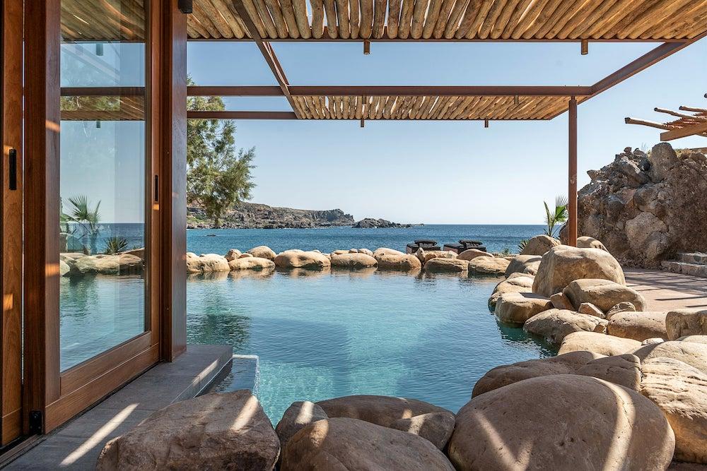 Native Beach Villa