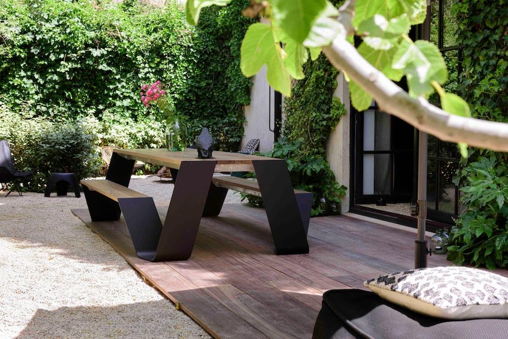 Loft Living Garden Suite